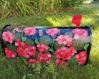 Personalized Art For Your Mailbox Painted Roses On Large Mailbox Unique Mailboxes Flowers On Mailboxes Custom Hand Painted Mailboxes