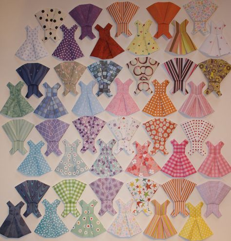 Origami Dresses  10 Hand Folded Mini Dresses by RapportCards, $6.00/cupcake toppers?