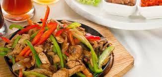 وصفات سهلة وسريعه مع Lamis Ali طريقه عمل فاهيتا بالدجاج مع Lamis Ali Mexican Food Recipes Chicken Recipes Fajita Recipe
