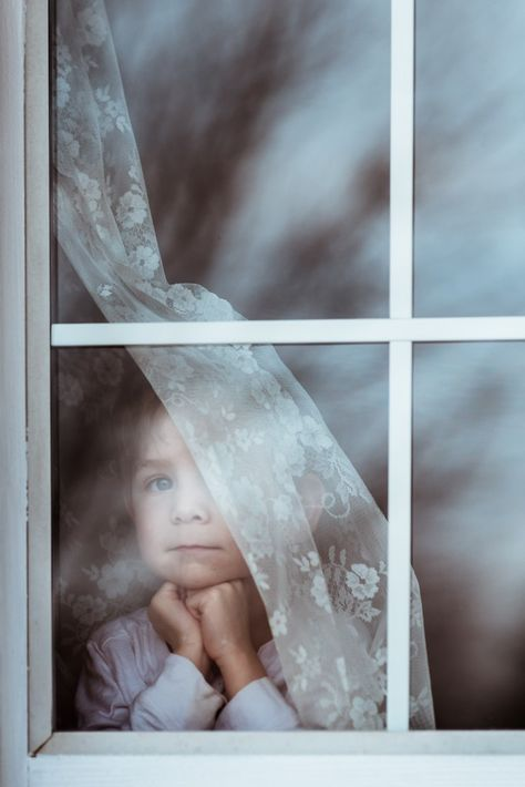 Innocence Winner And Finalists May 2017 Photographing Kids Photo Competition Storytelling Photography