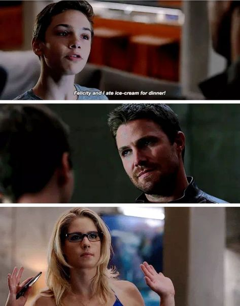 Arrow Felicity and Oliver are great parents Arrow Felicity, Arrow Cw, Team Arrow, Felicity Smoak, Superhero Shows, Superhero Memes, Arrow Tv Series, Cw Series, Supergirl Dc