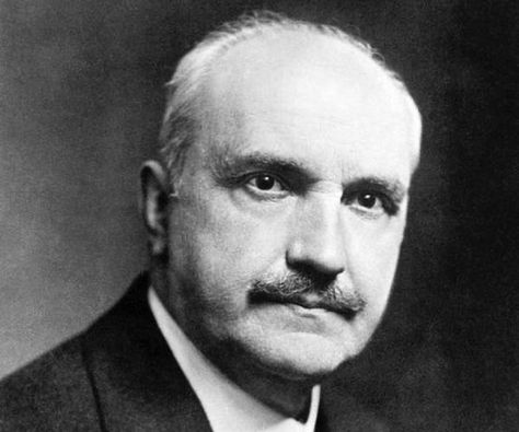 Top quotes by George Santayana-https://s-media-cache-ak0.pinimg.com/474x/4e/9c/69/4e9c695b52f3121cee75d6355e90b46a.jpg