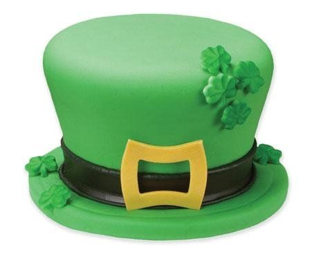 Hats off to St. Patrick! St. Patrick's Day Green Cake