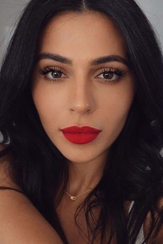 48 Red Lipstick Looks Get Ready For A New Kind Of Magic Red