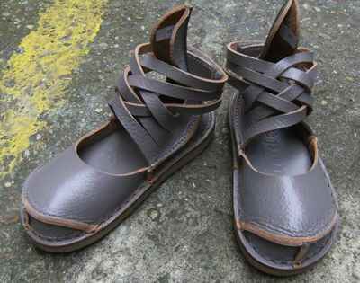 strappy leather slides handmade and hand painted with pattern Aelis