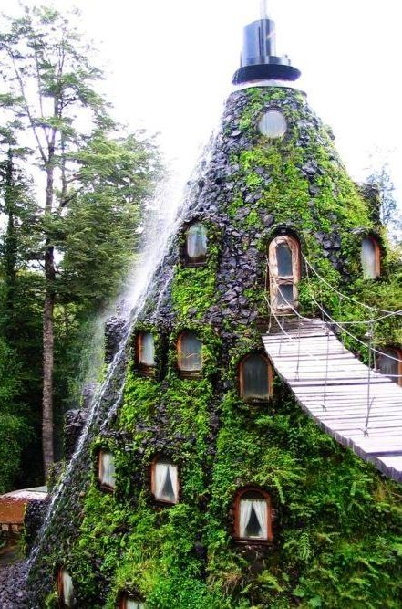 neat. looks like snow white and the seven dwarfs would live here