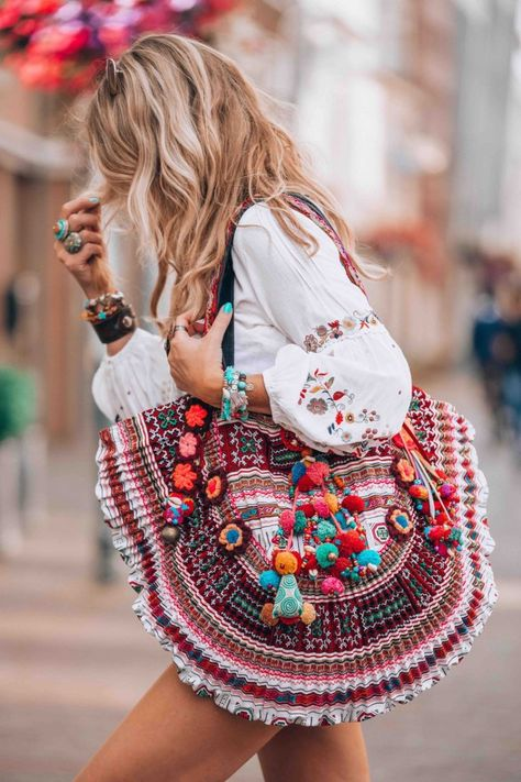 Another great Dutch hippie market you need to visit as well!