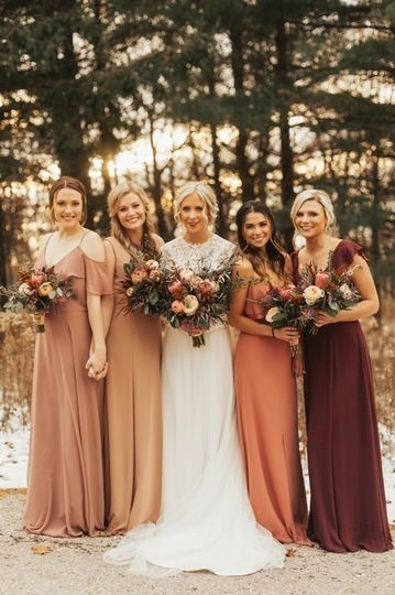 Nikki Kate Photography - Photography - Chicago, IL - WeddingWire - Fall bridesmaid dresses – warm hue, mix-and-match bridesmaid dresses {Nikki Kate Photography} Source by weddingwire - Bridesmaid Dresses Different Colors, Mix Match Bridesmaids, Fall Wedding Bridesmaids, Fall Bridesmaid Dresses, Bridesmaids And Groomsmen, Wedding Dresses, Fall Groomsmen Attire, Bridesmaid Color, Bridesmaid Inspiration