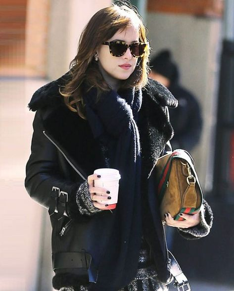 Dakota Johnson Shearling Leather Jacket (7)