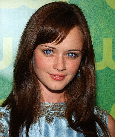 Alexis Bledel who starred in,Gilmore Girls, is Latina - her mother is Mexican.