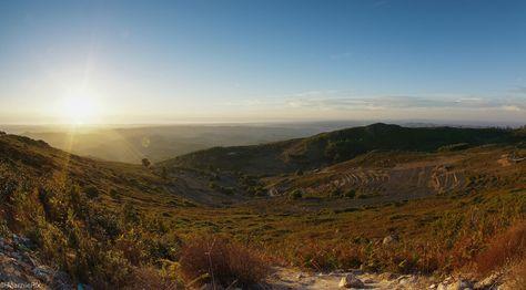 La douceur de la Serra de #Monchique, à l'intérieur des terres de l'#Algarve. #Portugal