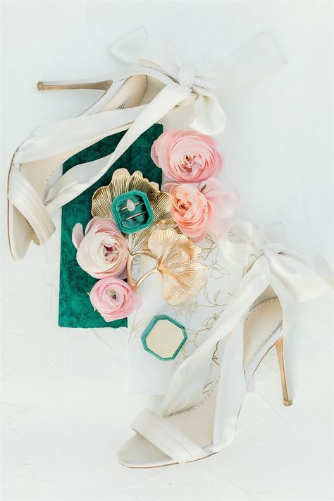 Green & Pink Wedding Inspo | Marianne Lucas Photography #pinkwedding #greenwedding #weddinginspo #californiawedding #weddingplanning #weddingdetails #weddingshoes
