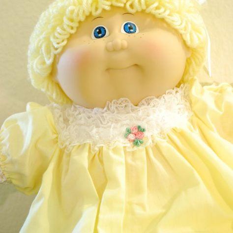 80s Cabbage Patch Kid-Closeup-Blonde Yellow Dress