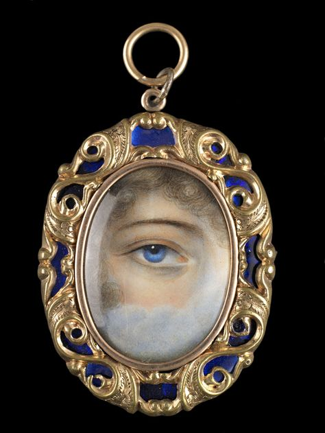 Gilt metal and blue enamel oval pendant, ca. 1860. Collection of Dr. and Mrs. David Skier. #lookoflove #eyeminiatures #loverseye