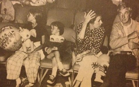 Carol Burnett and Joe Hamilton with their daughters