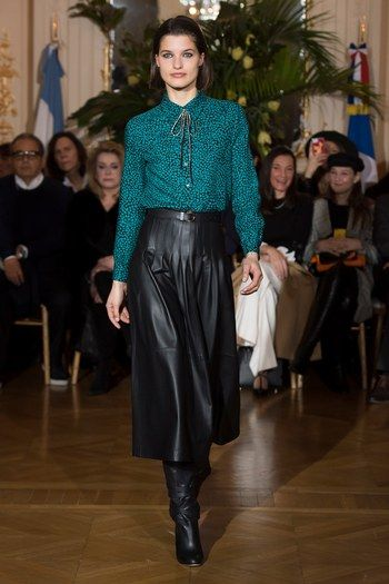 Vanessa Seward Fall 2018 Ready-to-Wear Collection - Vogue