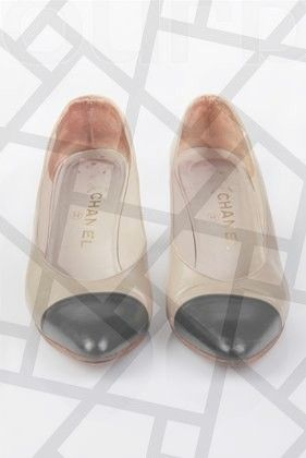 19 Stunning Vans Shoe Ideas Bow Shoes Trending Shoes Fall Shoes