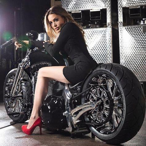 Biker Baby, Biker Girl, Lady Biker, Biker Chick, Road King, Pin Up, Harley Davidson, Motard Sexy, Women Riding Motorcycles