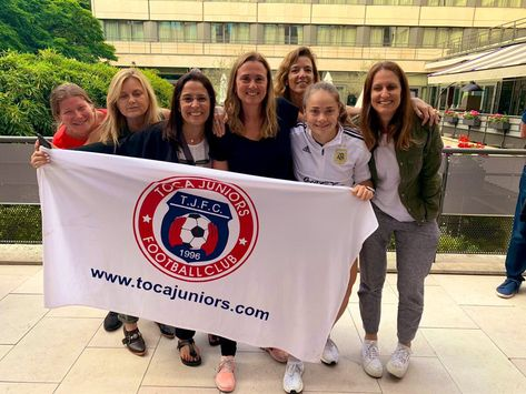 #TOCATour #TOCAmundial 🇫🇷 France 2019 Las #TROUPERS visitando a la 10! #SeleccionArgentina #VamosArgentina #VamosLasPibas   🔵🔴 #WeAreToca #TOCA #tocajuniors #PLAYsimple #soccer #Futbol #Football #youthsoccer #Potomac #womens #WorldCup #womensworldcup #France2019 #DareToShine