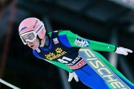 Stefan Kraft, Österreich, beim Skispringen Weltcup in Engelberg / Schweiz | Pressefotograf Kassel http://blog.ks-fotografie.net/pressefotografie/fis-skispringen-engelberg-schweiz-fotografiert/