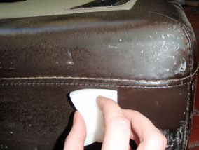 How To Repair Cat Scratches On A Leather Sofa Diy Cleaning Products Leather Repair Leather Furniture