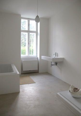 Boden Badezimmer Sonderfarbe Fur Den Kunden Material Von Www Betoncire At Badezimmerboden Beton Badezimmer Badezimmer Boden