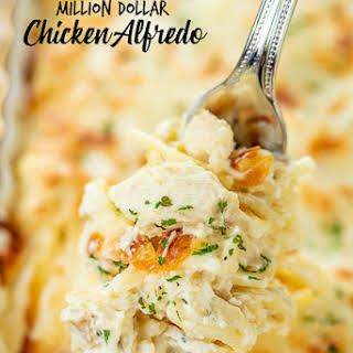 Million Dollar Chicken Alfredo With Spaghetti Cream Cheese Cottage Cheese Sour Cream Chicken Alfredo Chicken Alfredo Recipes Pasta Dishes Chicken Recipes