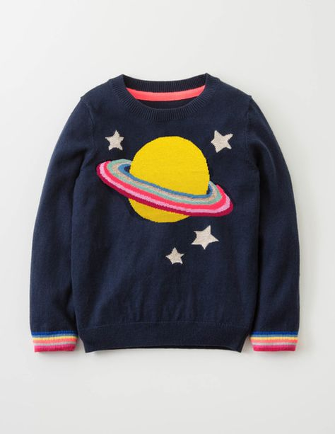 Calling all planet-seeking voyagers: we've found your new spacesuit. A touch of cashmere makes it extremely soft and fluffy, while the intarsia design features some special sparkly details. The only downside? You might get mistaken for a planet… Cool Sweaters, Girls Sweaters, Baby Sweaters, Kids Prints, Mini Boden, Sweater Weather, Pulls, Aesthetic Clothes, Boy Outfits