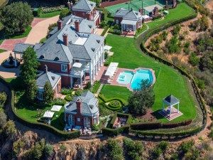 Joel Osteen House , Inside and Outside (Address And Full Pictures