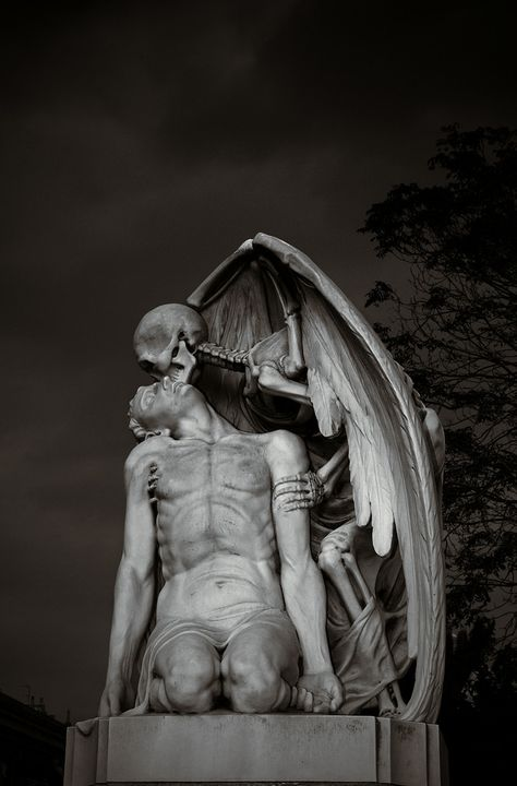 The Kiss of Death - Cemetery of Poblenou, Barcelona, Spain