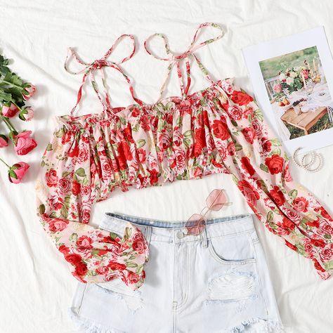 SHEIN Allover Floral Print Cold Shoulder Flounce Sleeve Crop Top