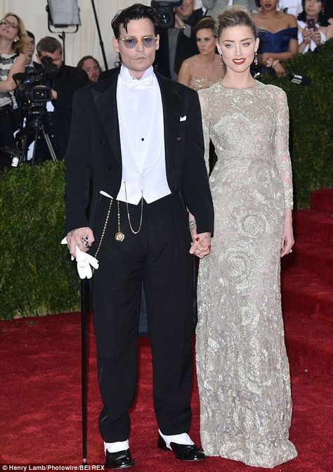 Waiting Game Amber Heard And Johnny Depp Who Got Engaged At Christmas Are Planning To W Johnny Depp And Amber Celebrity Style Red Carpet Nice Dresses