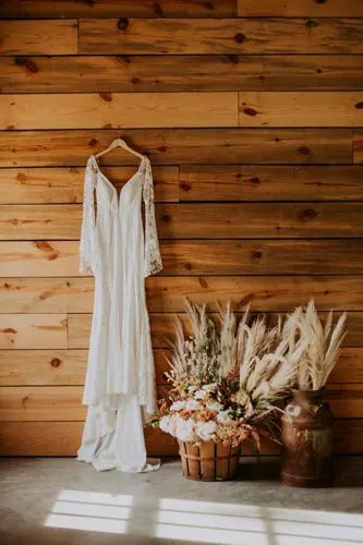 Bohemian Dreaming | Bustld | Planning Your Wedding Just Got Easier #bustld #wedding #weddingplanning #weddinginspiration #lovelybride #summerwedding #bohowedding #whimsicalwedding #weddingdress #weddinggown #weddingstyle #weddingattire
