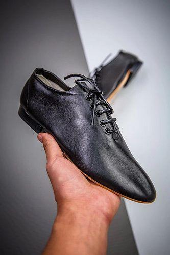 CELINE Ladies flat leather shoes | Yupoo