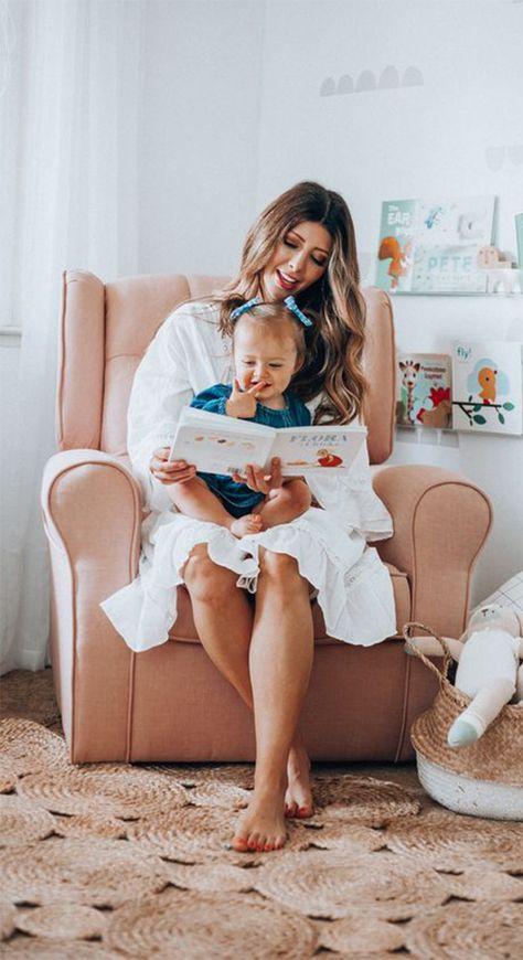 Crea un vínculo especial con tus hijos a través de la lectura, ayudándolos no sólo a aprender palabras nuevas, también en su desarrollo cognitivo, emocional y social. Si quieres fomentar la lectura en tus hijos, entonces checa estos increíbles libros infantiles que ambos disfrutarán. #librosparaniños #librosparahijos #madreehijos #maternidadestilosa