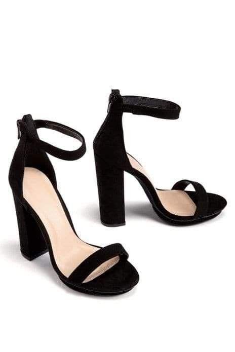 Pin By Weronika Nowicka On Buty In 2021 Elegant Shoes Heels Shoes Women Heels Heels