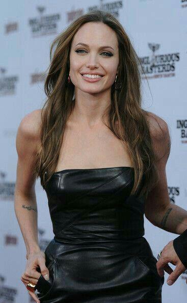 Angelina jolie cum