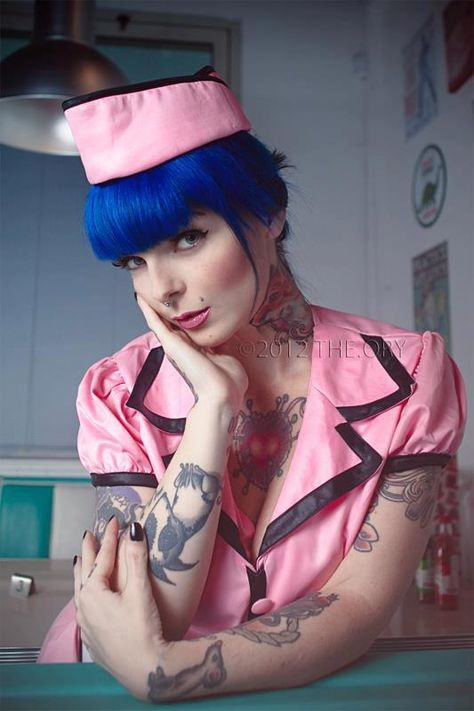 204 best Riae suicide images on Pinterest | Tattoo girls