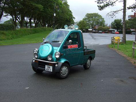 199 Daihatsu Midget 2 Emn495e With Images Daihatsu Cute Cars