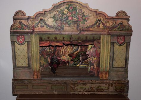 Vintage Toy theater cool and spooky all at the same time - found at http://www.karromato.cz/fotky