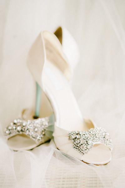 Glamorous Modern Wedding At The D C Carnegie Library Weddings