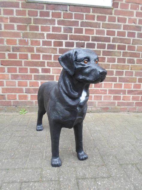 Hundefigur Deko Mops Tierfigur Lebensgroß Gartenfigur  Mopsfigur schwarz