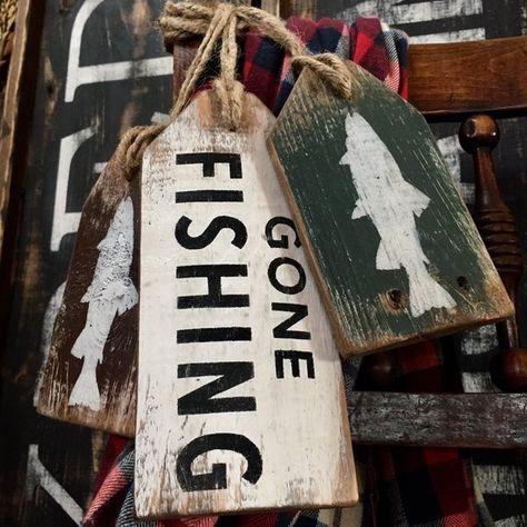 Gone Fishing Wood Sign, Wood Door Tag Set, Fishing Sign, Cabin Sign, Fisherman, Lodge Decor, Rustic Decor, Distressed Log Cabin Decor Maine