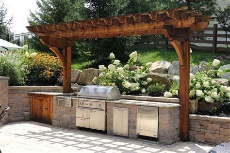 Outdoor Kitchen Pergola Plans In 2020 Outdoor Kitchen Outdoor Kitchen Design Outdoor Kitchen Design Layout