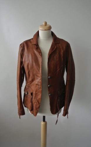 Mandarin en mint cognac leren jasje met veel details, twee