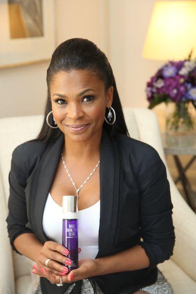Beauty Reporter: Nia Long Named Brand Ambassador For White diamonds Perfume