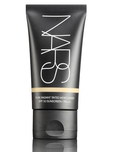 @Vanessa Walker Cosmetics makes an awesome #tintedmoisturizer for any occasion. #pureradiant #summer #beautygoodies