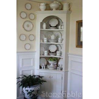 Corner Cabinets In Dining Room Google Search Canto Decoração Móveis De Canto Melhoria Da Casa