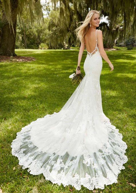Wedding Dresses with Feminine Silhouettes - MODwedding