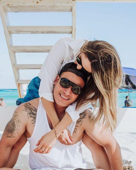 Por que la vida es mil veces más linda cuando es compartida. . . . . . . . . . #mamitas #mamitasbeachclub #MemoryMakers #PlayaDelCarmen #RivieraMaya #México #friend #friends #friendship #fun #funny #love #instagood #igers #party #chill #happy #smile #photooftheday #live #forever #bff #best #bestfriend #goodfriends #besties #lovethem #awesome #fotografocancun #fotografoplayadelcarmen